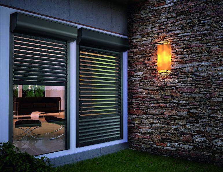 installation de volets roulants nice pour fen tre v randa. Black Bedroom Furniture Sets. Home Design Ideas
